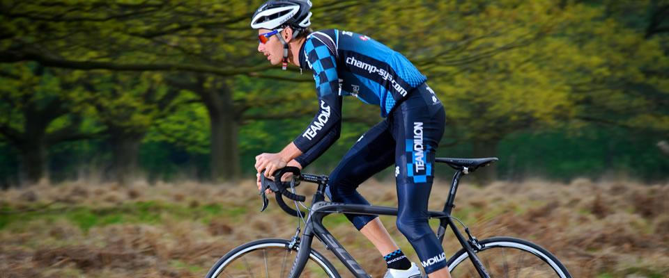 Stuart Hayes on a Scott bike